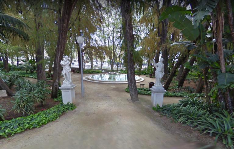 estatuas paseo del parque de málaga