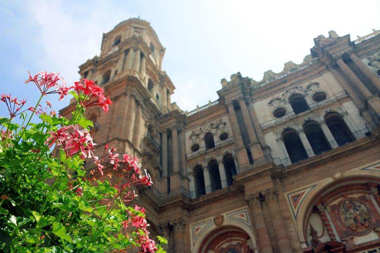 fachada catedral de málaga
